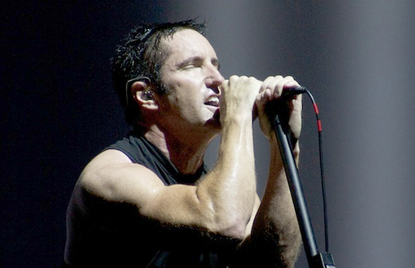 9-Nine-Inch-Nails-Lollapalooza-2013-by-Johnny-Firecloud-11