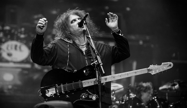 THE-CURE-LOLLAPALOOZA
